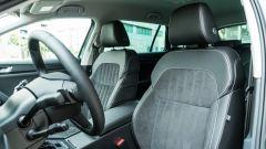 Skoda Superb Wagon 2.0 TDI DSG Style: i sedili anteriori offrono un buon sostegno e comfort