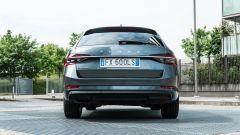 Skoda Superb Wagon 2.0 TDI DSG Style: l'ampio portellone posteriore ad apertura/chiusura elettrica di serie