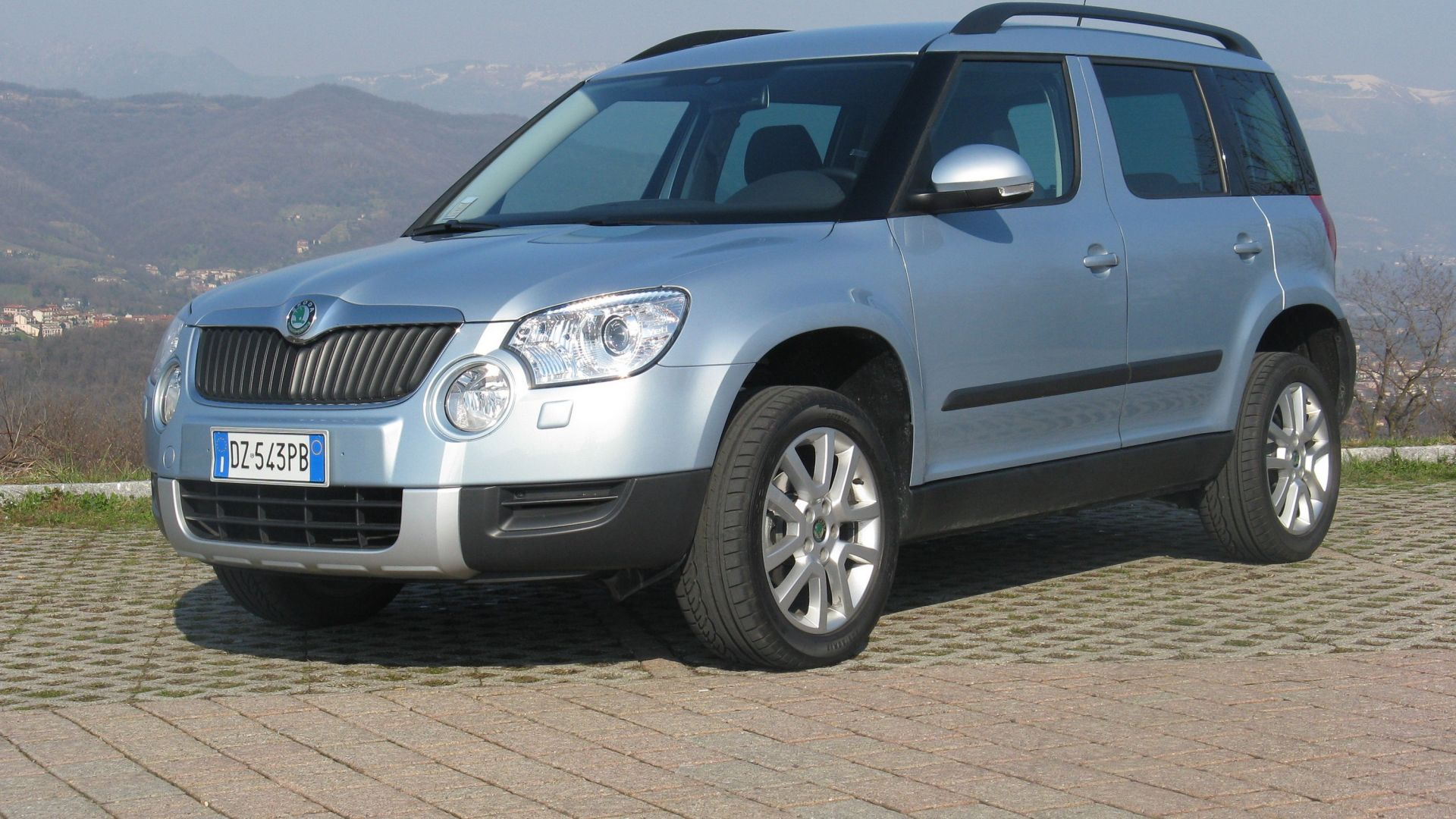 test drive skoda yeti 1 2 tsi motorbox. Black Bedroom Furniture Sets. Home Design Ideas