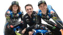 Sky Racing MotoGP VR46 2020, Moto2: Marco Bezzecchi e Luca Marini con il team manager Pablo Nieto
