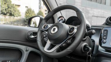 Smart EQ Fortwo Cabrio Pulse, il volante
