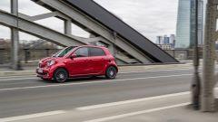 smart forfour Brabus: la velocità massima è di 180 km, 15 in più rispetto alla fortwo Brabus