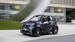 smart fortwo Brabus: anche la cabrio può contare sulle modifiche del preparatore tedesco