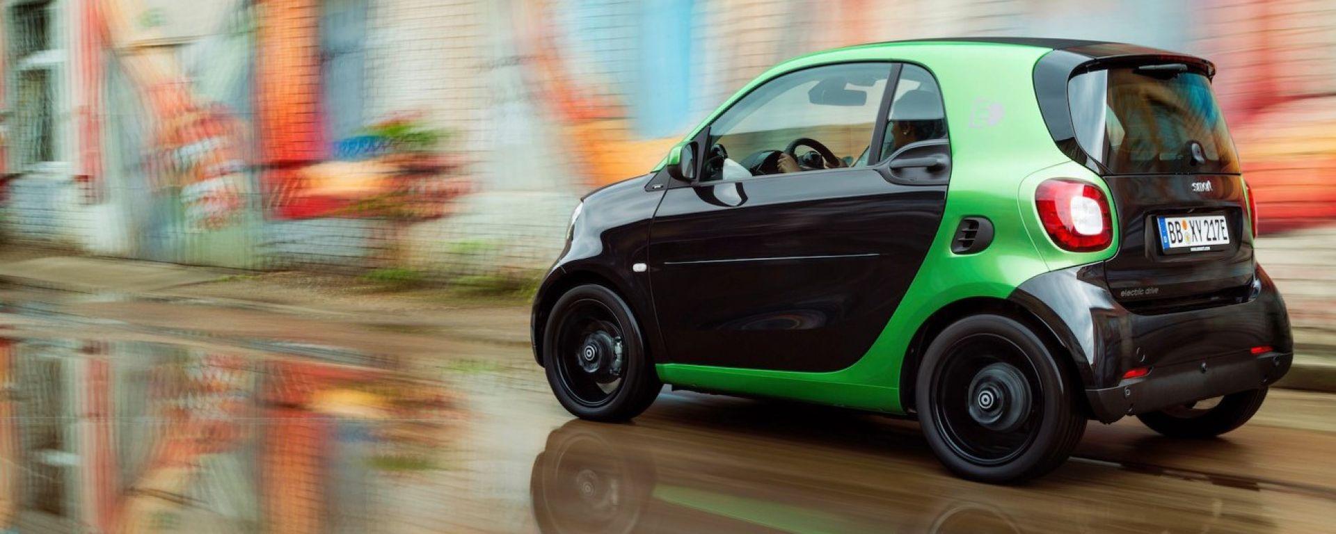 Smart fortwo Electric Drive 2017, debutto al Salone di Parigi