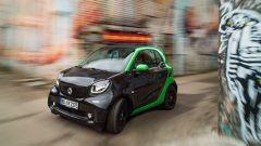 Smart fortwo Electric Drive 2017, fa 160 km con una carica