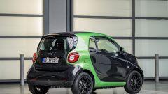Smart Fortwo Electric Drive: vista 3/4 posteriore