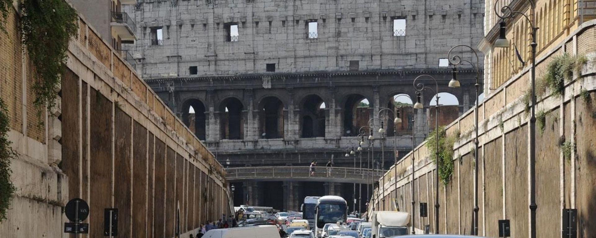 Smog, Roma blocca le auto dal 3 al 5 gennaio 2018