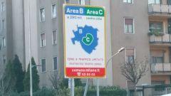Sospesa Area B a Milano per l'aumento dei contagi