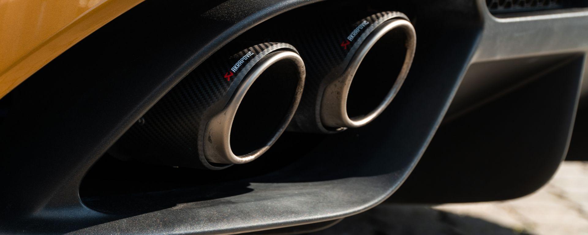 SoundBox Alfa Romeo Giulia Quadrifoglio: i tubi Akrapovic di carbonio in primo piano