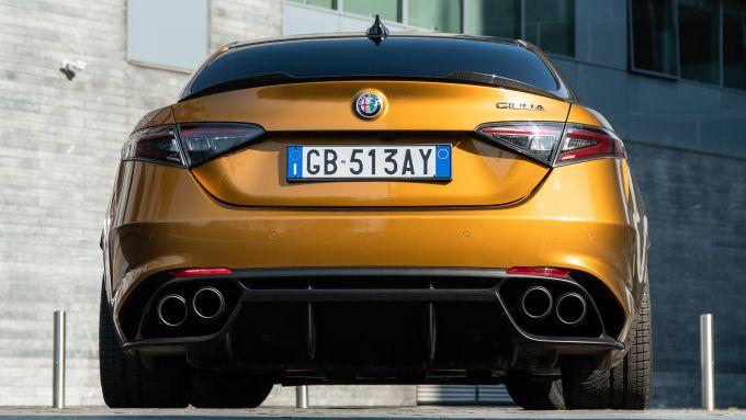 SoundBox Alfa Romeo Giulia Quadrifoglio: i tubi di scarico Akrapovic opzionali a 5.000 euro