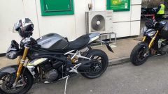 Speed Triple RS 2021, beccata in Inghilterra