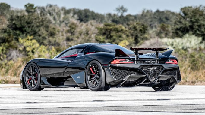 SSC Tuatara: l'hypercar americana è destinata a diventare l'auto più veloce al mondo