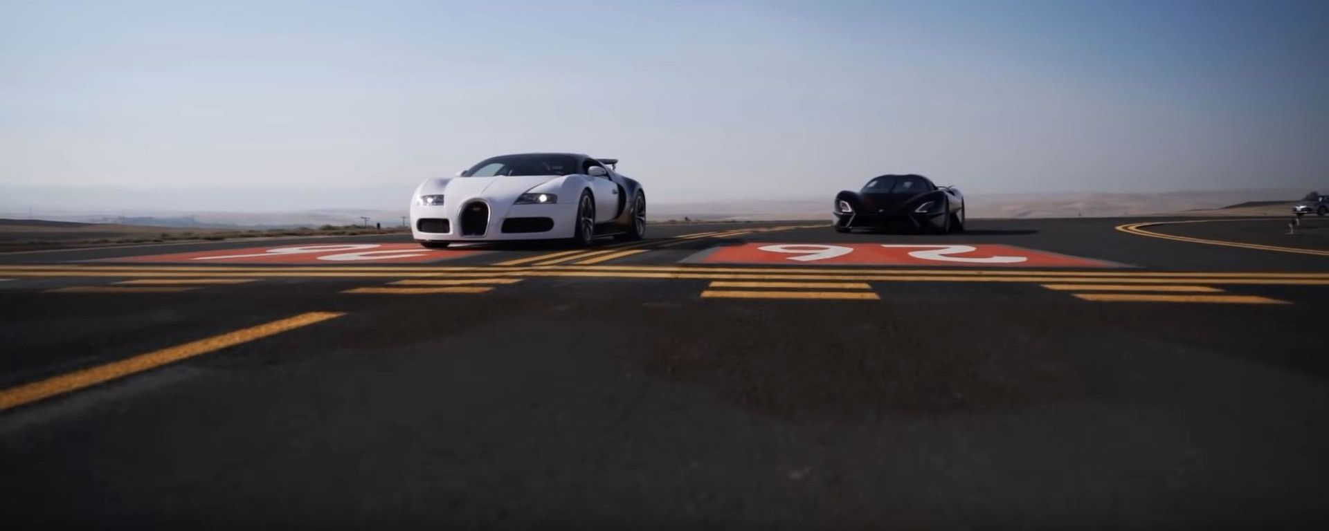 SSC Tuatara vs Bugatti Veyron: la super drag race. Il video