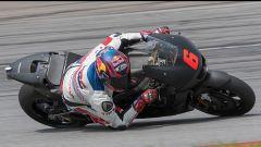 Stefan Bradl in azione con la Honda a Sepang