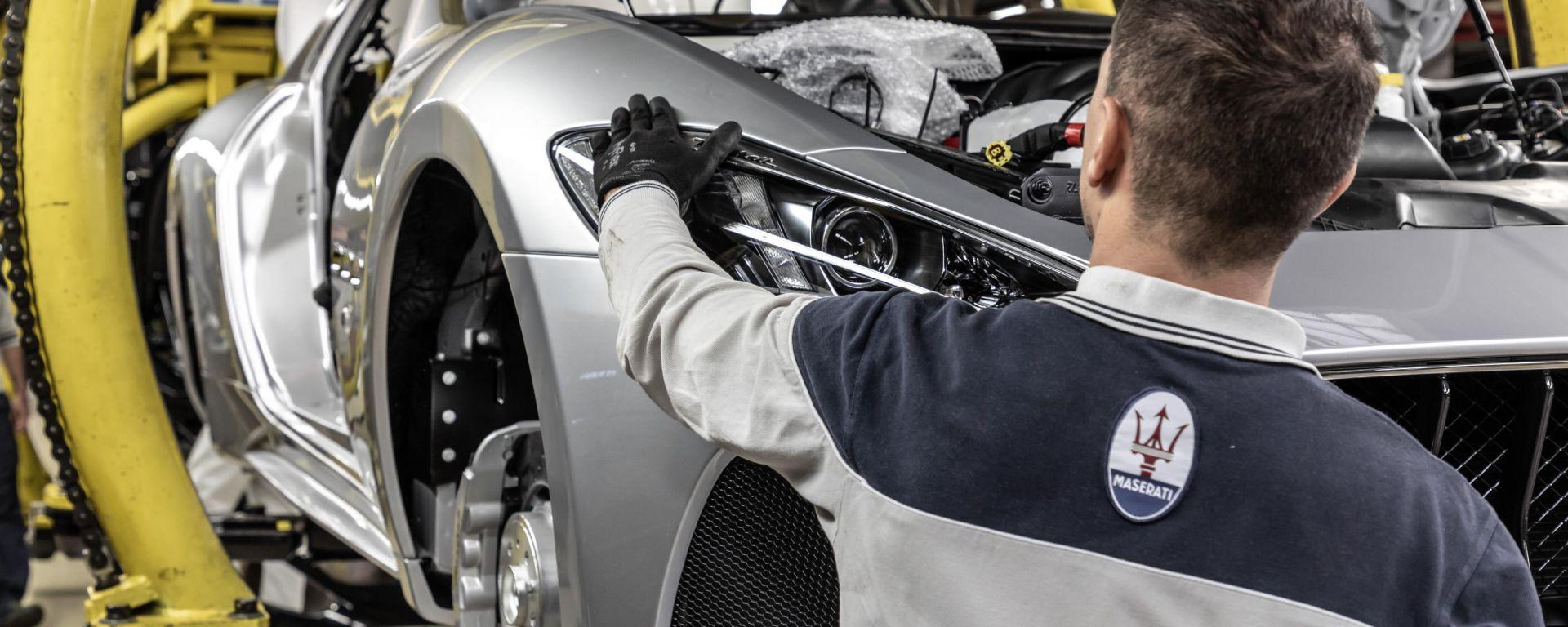 Stop alla produzione anche per FCA e Maserati