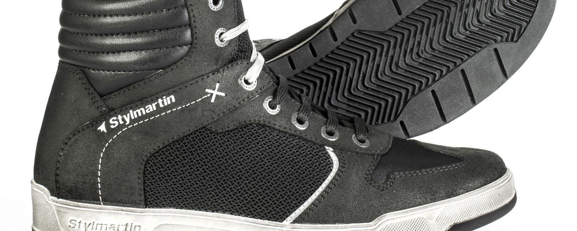 Stylmartin Atom: la sneaker traforata per la bella stagione