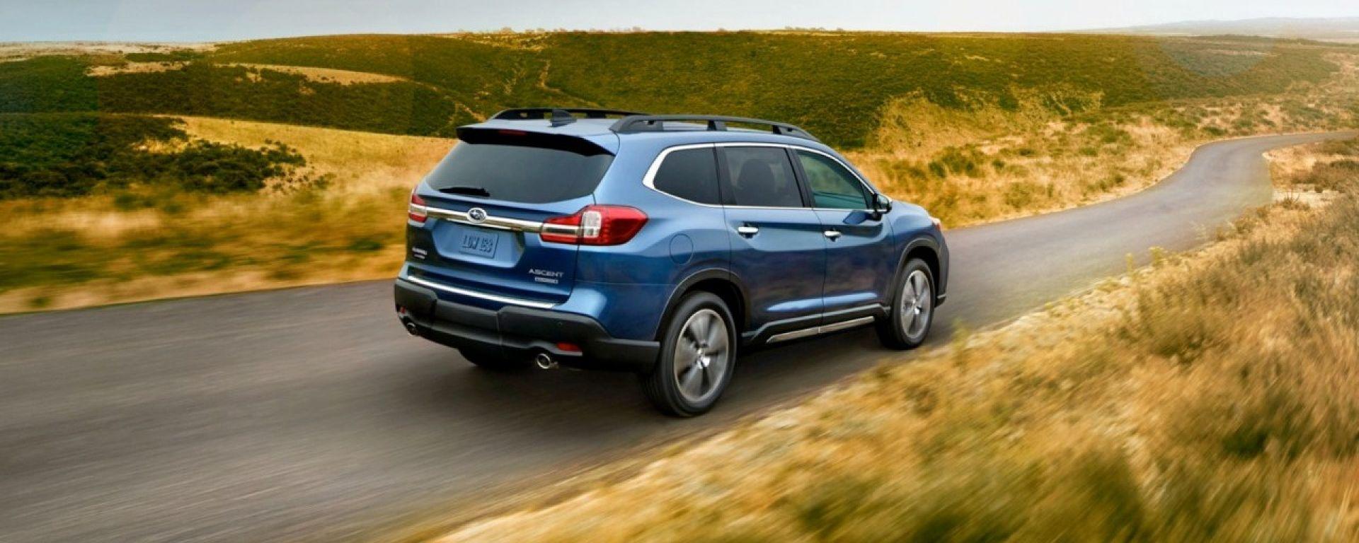 Subaru Ascent: ecco il SUV a otto posti, le foto uffuciali