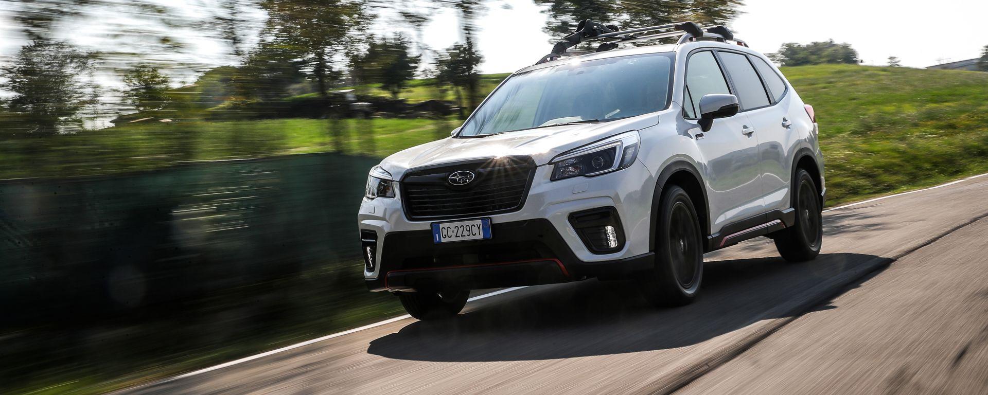 Nuova Subaru Forester e-Boxer 4dventure: ibrida votata all'avventura