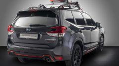 Subaru Forester e-Boxer 4dventure: il kit accessori compreso nel prezzo, qui barre e portasci