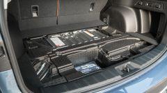 Subaru Forester e-Boxer Premium: la batteria è nascosta sotto al piano di carico del baule