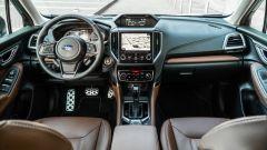 Subaru Forester e-Boxer Premium: panoramica degli interni