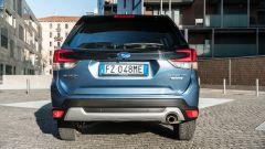 Subaru Forester e-Boxer Premium: vista posteriore