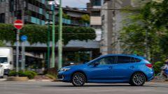 Subaru Impreza e-Boxer: il fianco sinistro
