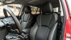 Subaru Impreza e-Boxer, interni: i sedili in pelle dell'allestimento Premium