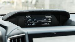 Subaru Impreza e-Boxer, interni: il display da 6