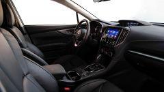 Subaru Impreza e-Boxer: l'abitacolo