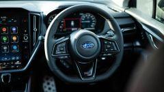 Subaru Levorg 2021, il volante