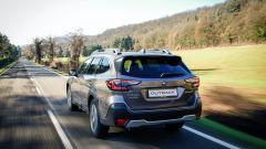 Subaru Outback 2021: all'anteriore come al posteriore i gruppi ottici a forma di C