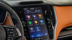 Subaru Outback 2021, interni: il display centrale è comodo e facile da usare. Sembra un tablet a tutti gli effetti