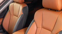 Subaru Outback 2021, interni: sulla Premium la pelle Nappa, sull'4dventure un materiale idrorepellente, sulla Syle tessuto nero