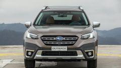 Subaru Outback 2021: l'imponente frontale