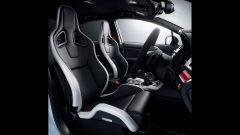 Subaru WRX STi S208: gli interni sportivi