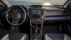 Subaru XV ibrida: arriverà in Europa nel 2019. volante e strumentazione