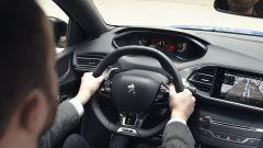 Sulla Peugeot 308 2020 fa la comparsa l'i-cockpit, la strumentazione digitale