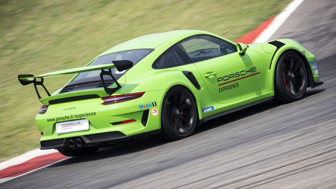 Sulla Porsche GT3 RS