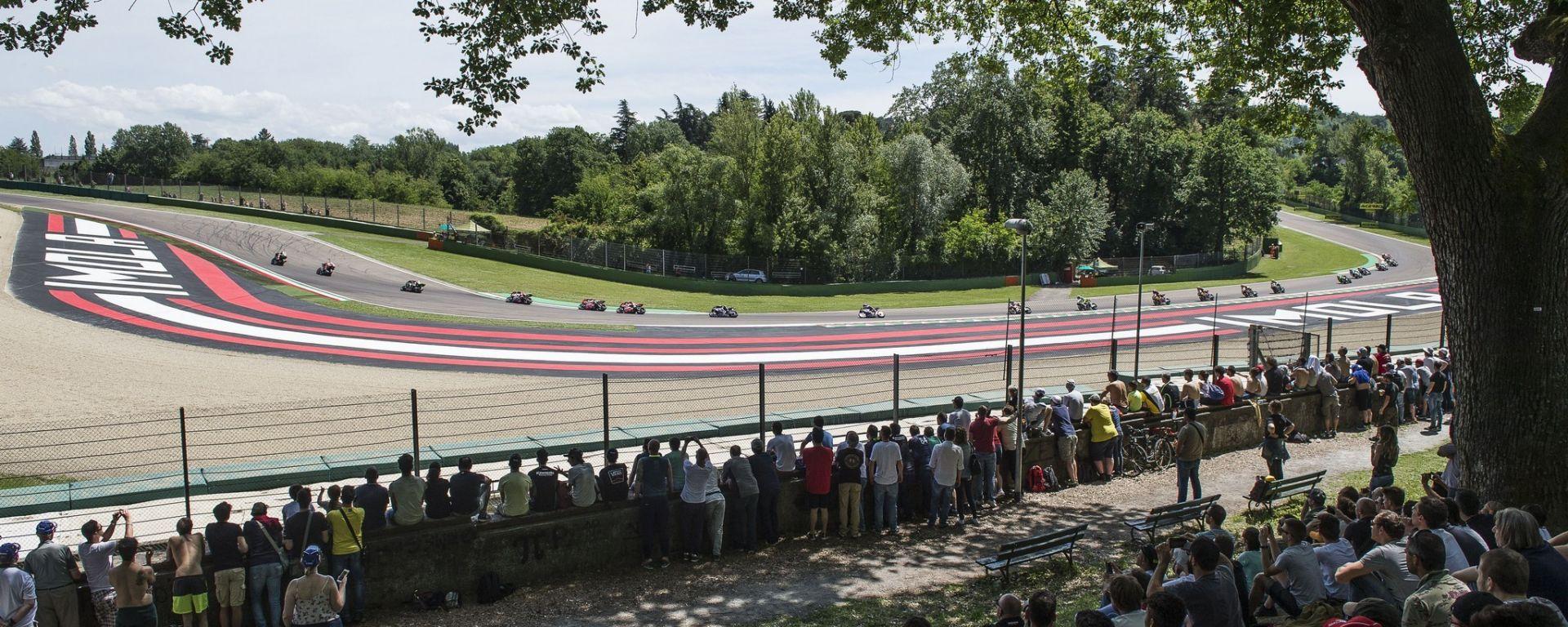Superbike 2018 round 5 Imola: prove libere, qualifiche, Gara 1 e Gara 2
