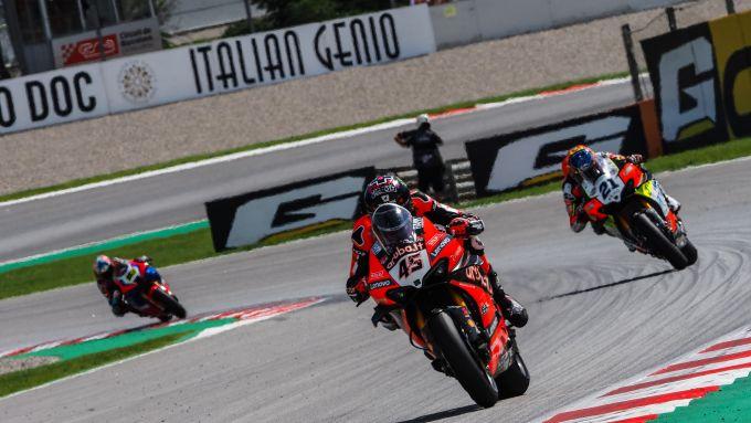 Superbike round Barcellona, gara-1: Scott Redding e Michael Ruben Rinaldi (Ducati)
