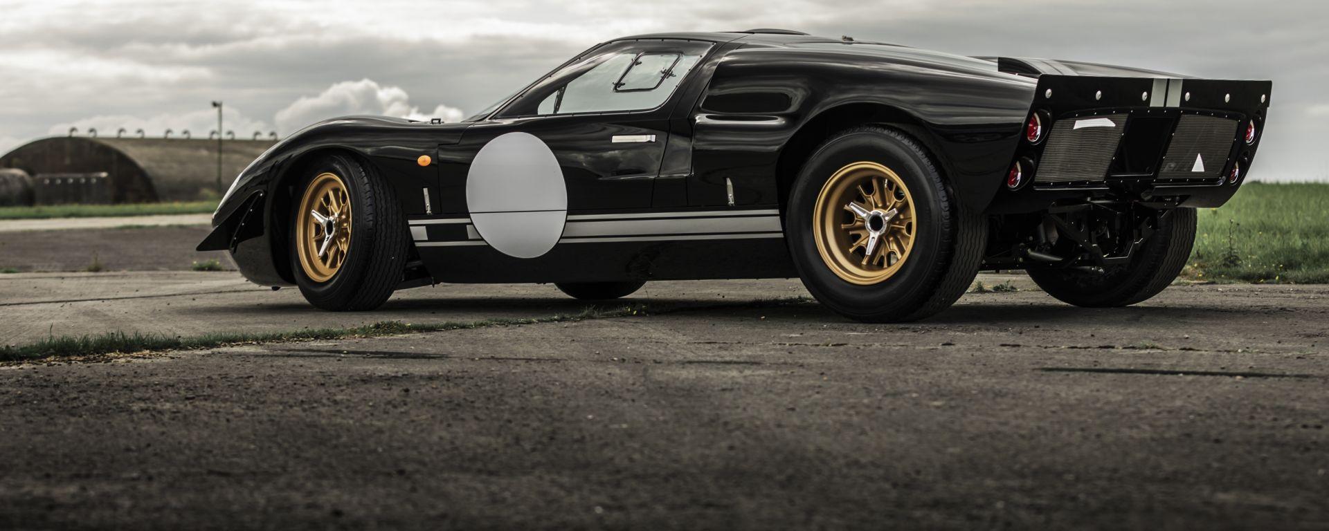 Superformance GT40 Everrati: 3/4 posteriore