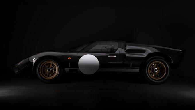 Superformance GT40 Everrati: laterale