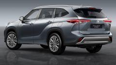 Toyota Highlander, al via le vendite del SUV full hybrid 7 posti - Immagine: 2
