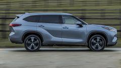 Nuova Toyota Highlander, Hybrid SUV forza 7. La prova in video - Immagine: 7