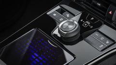 Toyota bZ4X Concept, il SUV 100% elettrico è (quasi) realtà [VIDEO] - Immagine: 8