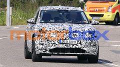 Audi Q6 e-tron, spiata la gemella di Macan EV. Bye bye Q5? - Immagine: 2