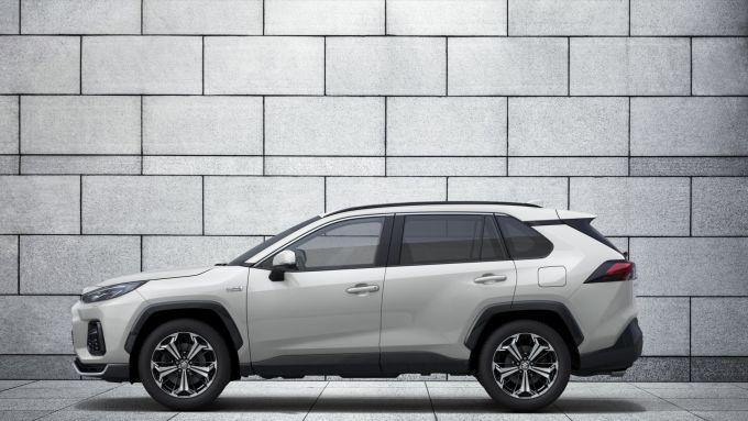 Suzuki Across: visuale laterale