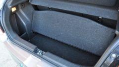 Suzuki Baleno 1.2 Dualjet SHVS, il bagagliaio è capiente ma ha uno scalino alto