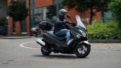 Suzuki Burgman 200: consuma poco e dà molto - Immagine: 1